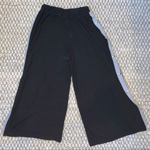 """American Eagle Outfitters Pants & Jumpsuits - AE """"Don't Ask Why"""" faux-snap ribbed palazzo pant"""